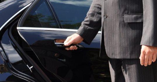 location chauffeur privé avignon luxury limousine